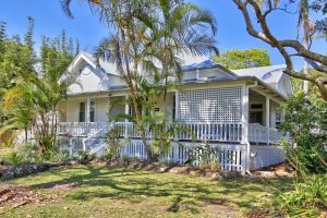 Arcadia House - Sunshine Coast Tourism